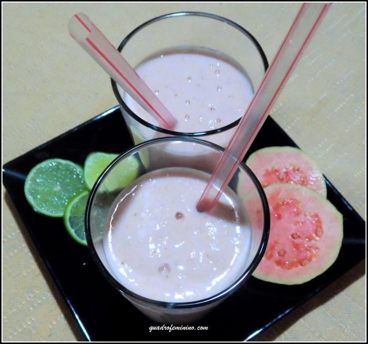 Smoothie de Goiaba, Iogurte e Farelo de Aveia (1)