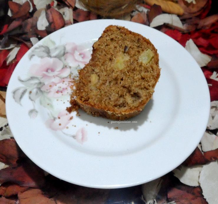 Bolo de maçã integral sem leite e com óleo de coco 1
