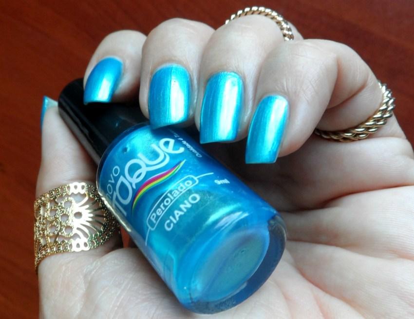 Esmalte azul perolado