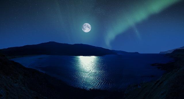 満月は『達成』『収穫』の時!お月様の力を得て精神的な成長を果たそう♪