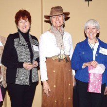 Shirley Pinkerton, center, with door prize winners (left to right): Janet Connell, Sandi Beach, Marjorie Williams and Diana Diou.