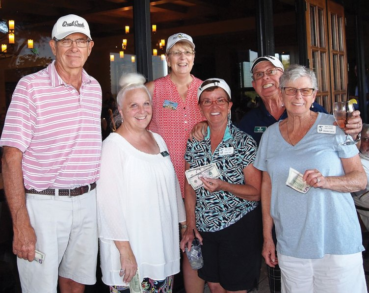 Left to right, 2nd place team: Rick Sutton, Marcia Sutton, Putters Vice President Janet Wegner, Patty Hall, Jay Lucas and Glenda Lucas; photo by Sylvia Butler
