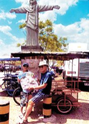 Bonnie and Ron Hyra enjoyed their tricycle ride through the town of Corinto, Nicaragua along with the Crossing.