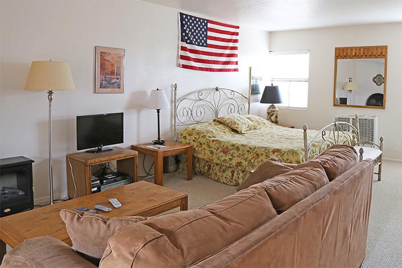 bedroom 144