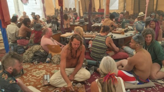 Full Circle Teahouse in 2016 (source: https://journal.burningman.org/2016/02/black-rock-city/survive-and-thrive/doing-it-right-theme-camp-management-insights-from-camp-soft-landing/)