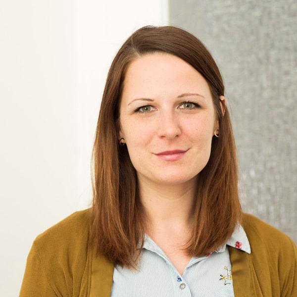 Theresa Lill, Inhalt und Content-Leitung und Mitgründerin der QiK Online-Akademie für Kitas