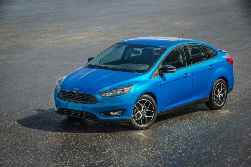 NEW FORD FOCUS LAUNCHES WITH NEXT-GENERATION STABILITY CONTROL TECHNOLOGY DESIGNED TO PREDICT POTENTIAL SPINOUTS