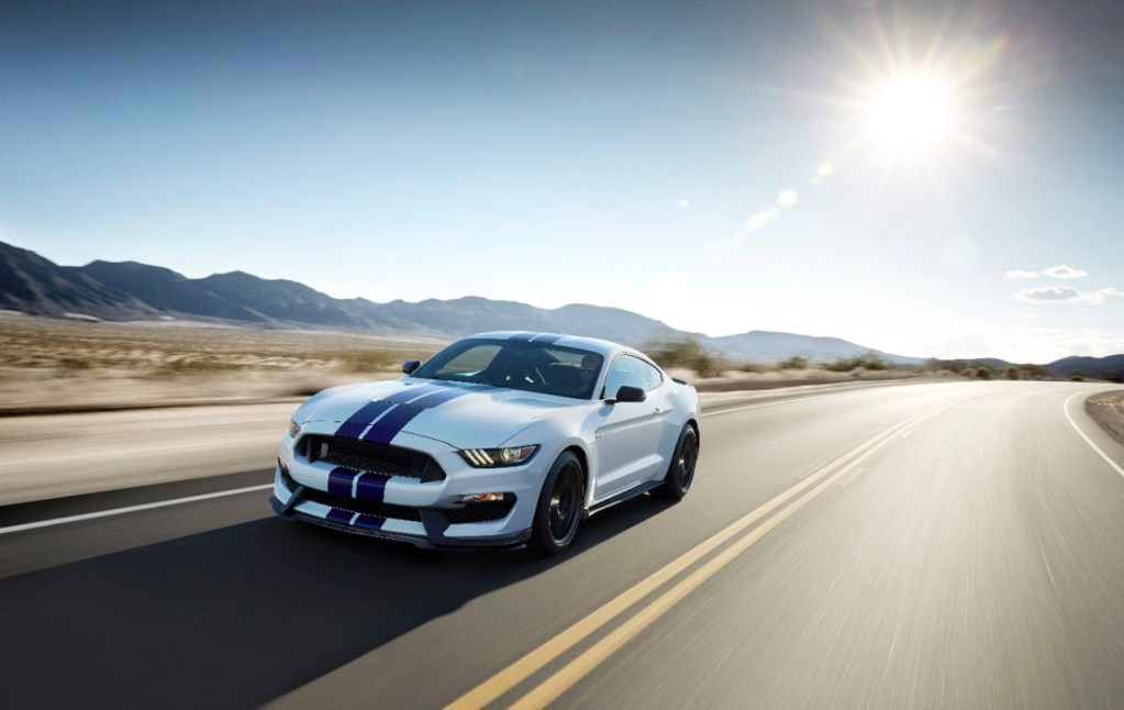 Jay Leno and 2016 Ford Shelby GT350 Mustang Help Raise $885,000 for U.S. Veterans at Gooding Auction in Monterey
