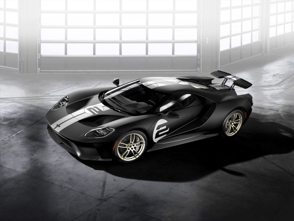 Ford Takes Racing Fans Back in Time with the All-New 2017 Ford GT