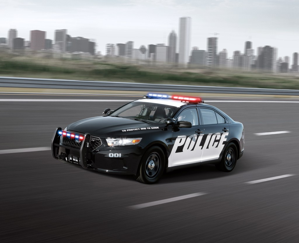 FORD ECOBOOST POLICE INTERCEPTORS REPEAT AS QUICKEST ACCELERATING IN STATE TESTING IN MICHIGAN & CALIFORNIA