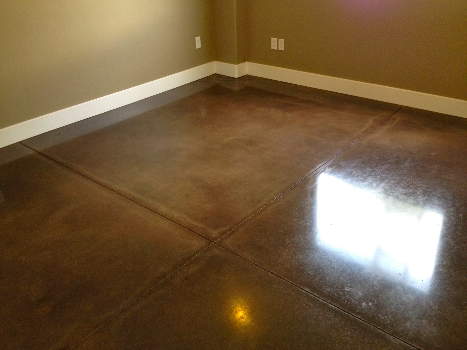 Quality Pro  Polished Concrete  Espresso Stain