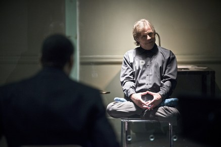 """The Flash -- """"Tricksters"""" -- Image FLA117A_0031b -- Pictured: Mark Hamill as James Jesse -- Photo: Diyah Pera/The CW -- © 2015 The CW Network, LLC. All rights reserved."""