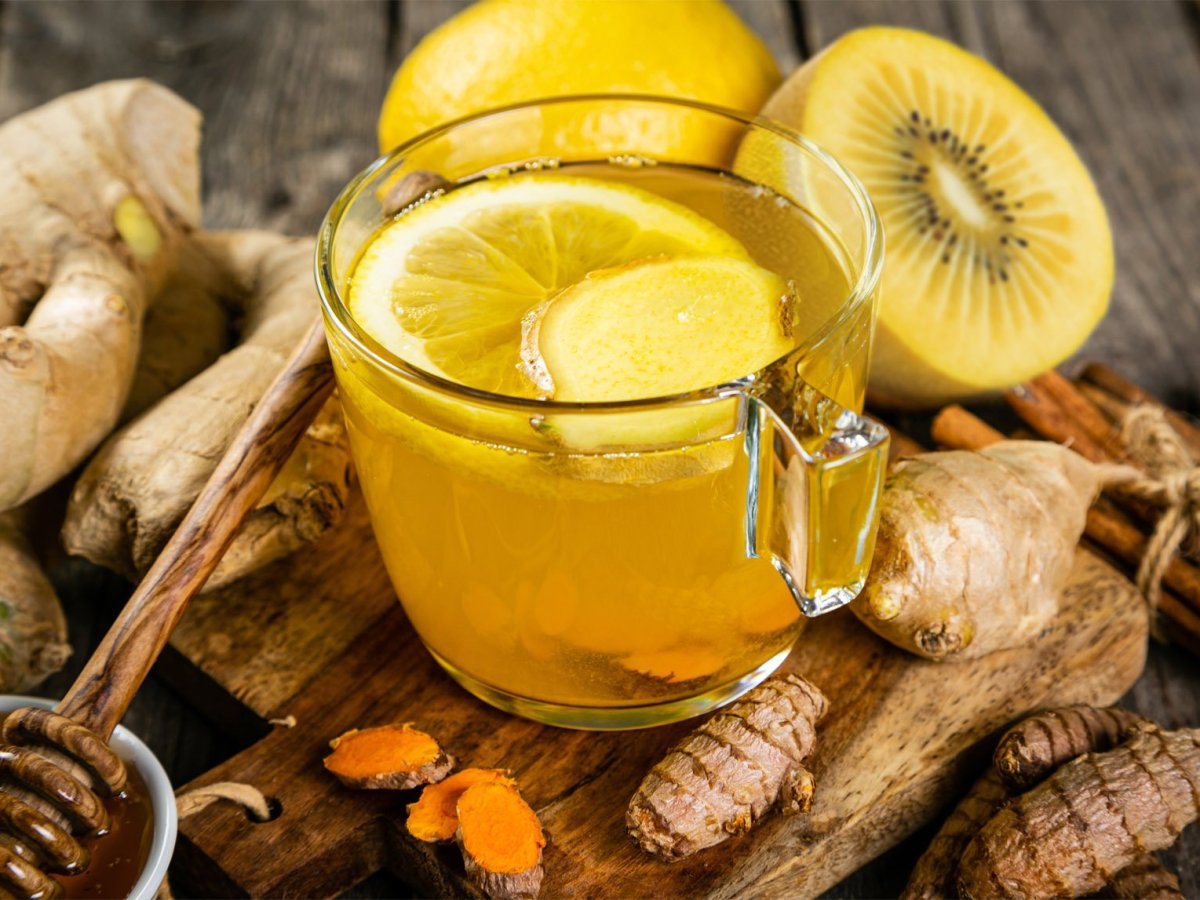 QUARTERPAST Gold Kiwi Turmeric & Ginger delicious warming fruit infusion finished drink