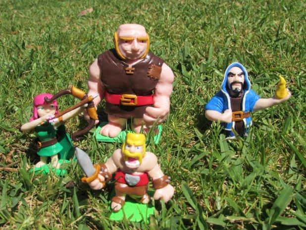 clashofclans-figurines
