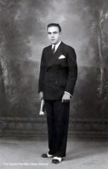 Foto d'estudi de Guillermo López Sancho (Vendrell Fotógrafos, ca. 1931) [Col·lecció Família López Monzó]