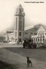Edificis i torre de la factoria El Cano (any 1950) [Col·lecció Família López Monzó]