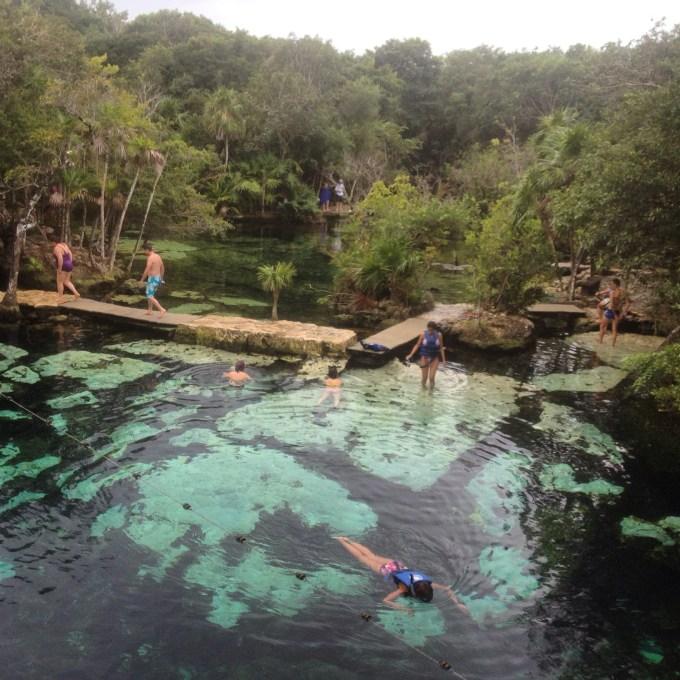 Como conhecer o Cenote Azul na Riviera Maya