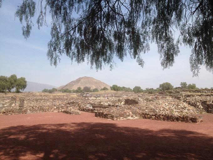 Pirâmide na Zona Arqueológica de Teotihuacan, na Cidade do México