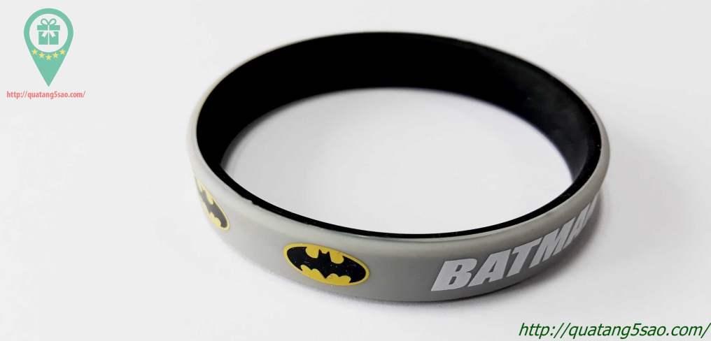 Vòng tay cao su Batman