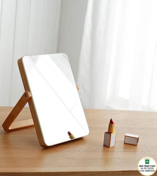 In gương mini, khắc gương mini bằng gỗ theo yêu cầu