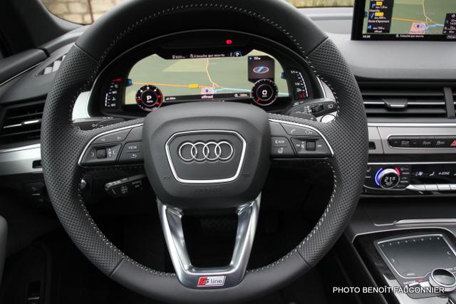 Audi Q7 30 V6 TDI S Line (21)