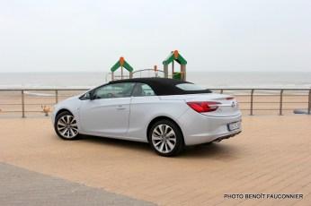 Opel Cascada (22)