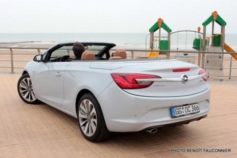 Opel Cascada (32)