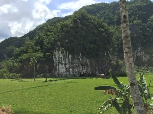 PuertoPrincesa.com – Karst Mountain. Photography by EM@QUE.COM