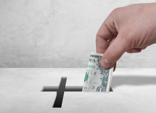 Millonario pastor pide a feligreses diezmar más dinero para que Jesús llegue más rápido