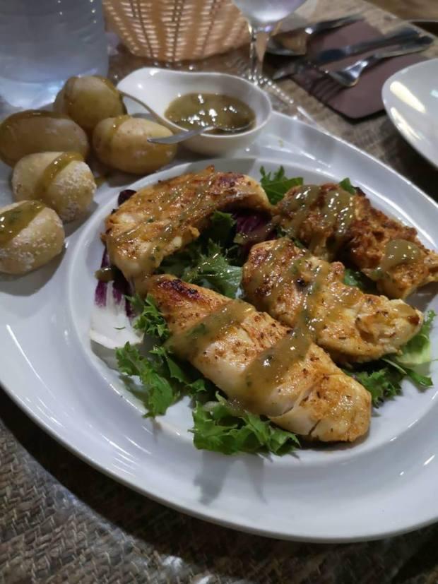 Pollo con mojo de platano de Guachinche el carrizal