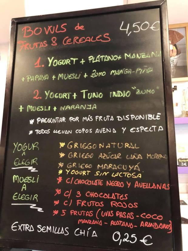 pizarra bowl cereales forum 18 cafetería y heladería Las Canteras