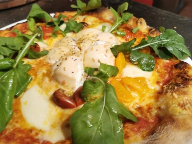 pizza de burrata pizza caprese isola bella pasta y pizza
