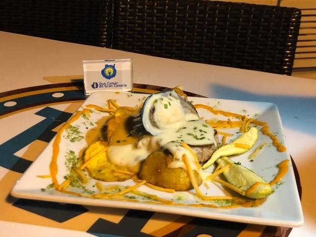 plato de atún cocina bahía blue 21
