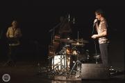 <h5>Marc Miralta Trío. Marc Miralta (batería), Perico Sambeat (saxo alto) y Martín Leiton (Contrabajo). Fotografía de Muerdelaspina Photography.</h5>