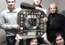 Zespół Queen wspiera Górnośląskie Centrum Delfinoterapii