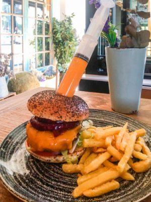 queen-burger-gourmet-madrid-cheeseburger