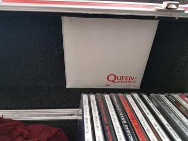Queen Mania Box 9