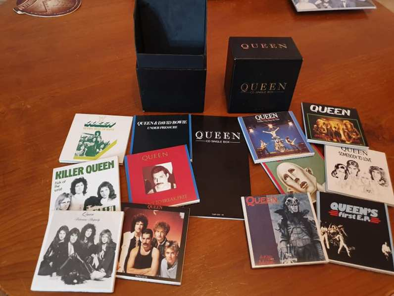 CD SINGLE BOX