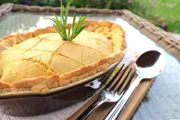 keto low carb chicken & mushroom pie