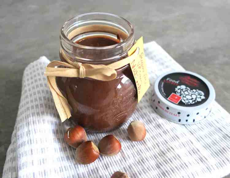 3 Ingredient Keto Nut.ella Hazelnut Chocolate Spread