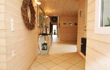 p32259_indoor_02