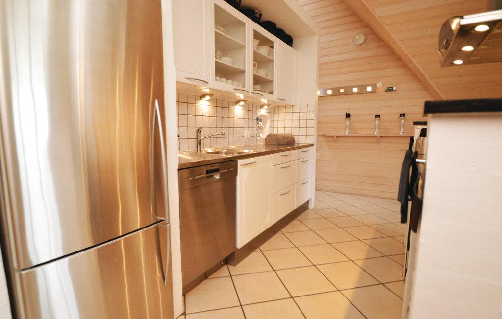 p32259_kitchen_02