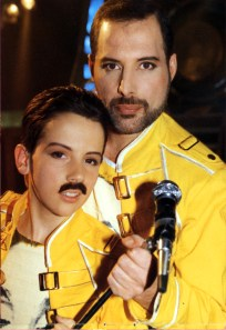 ross-mccall-and-freddie-mercury-the-miracle-video
