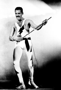 freddie-performing-at-wembley-arena-on-his-38th-birthday-september-5th-1984-the-works-tour
