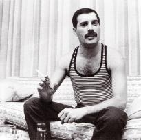 Freddie - Interview in Japan 1985
