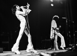 Live At Hammersmith 1975 (1)