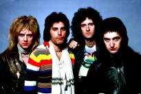 Queen 76