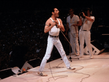 Freddie live aid - Hammer To Fall