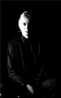 Queen - Roger Taylor 1982