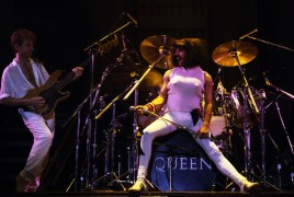 queen-live-at-the-works-tour